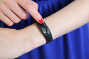 miband2_bedienung_oled_display