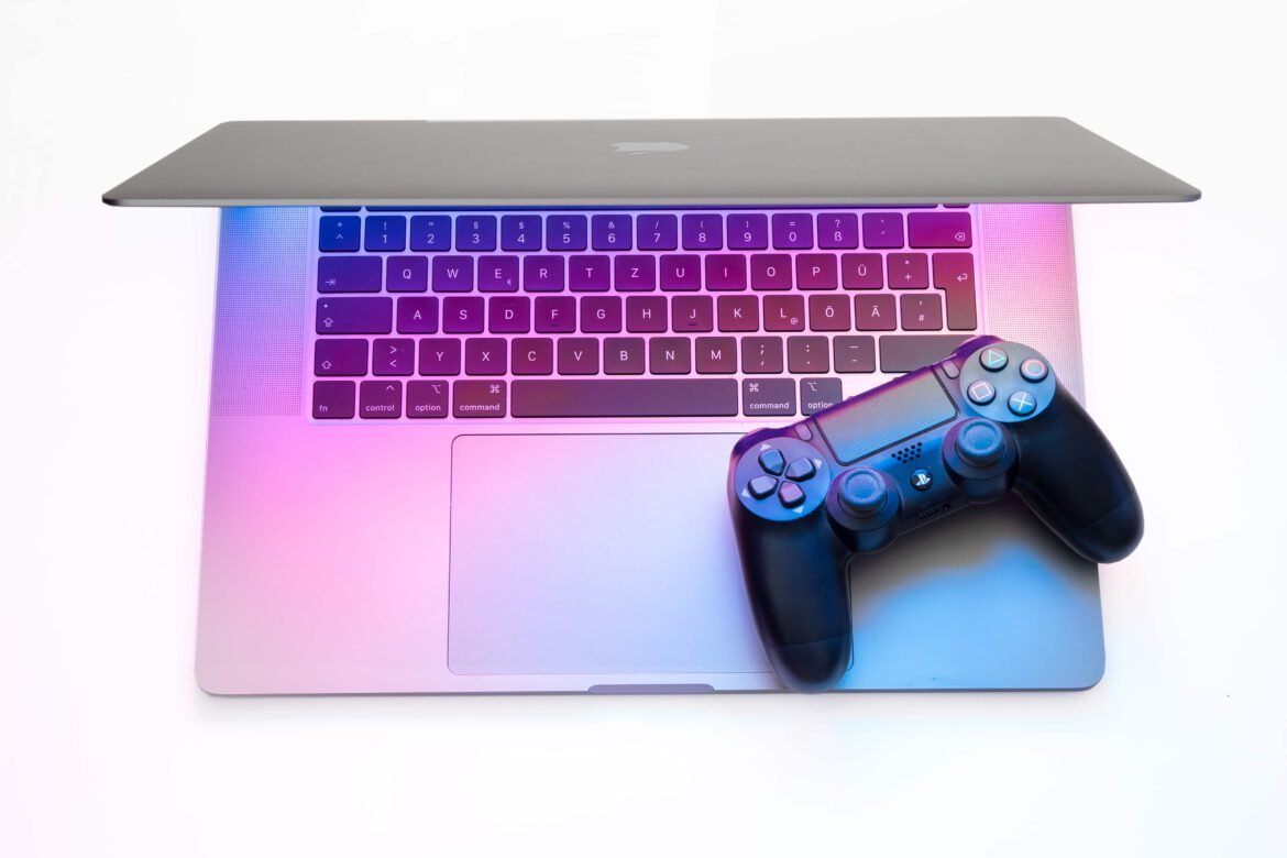MacBook Pro mit PS4 Controller